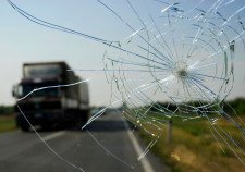 California cracked windshield laws